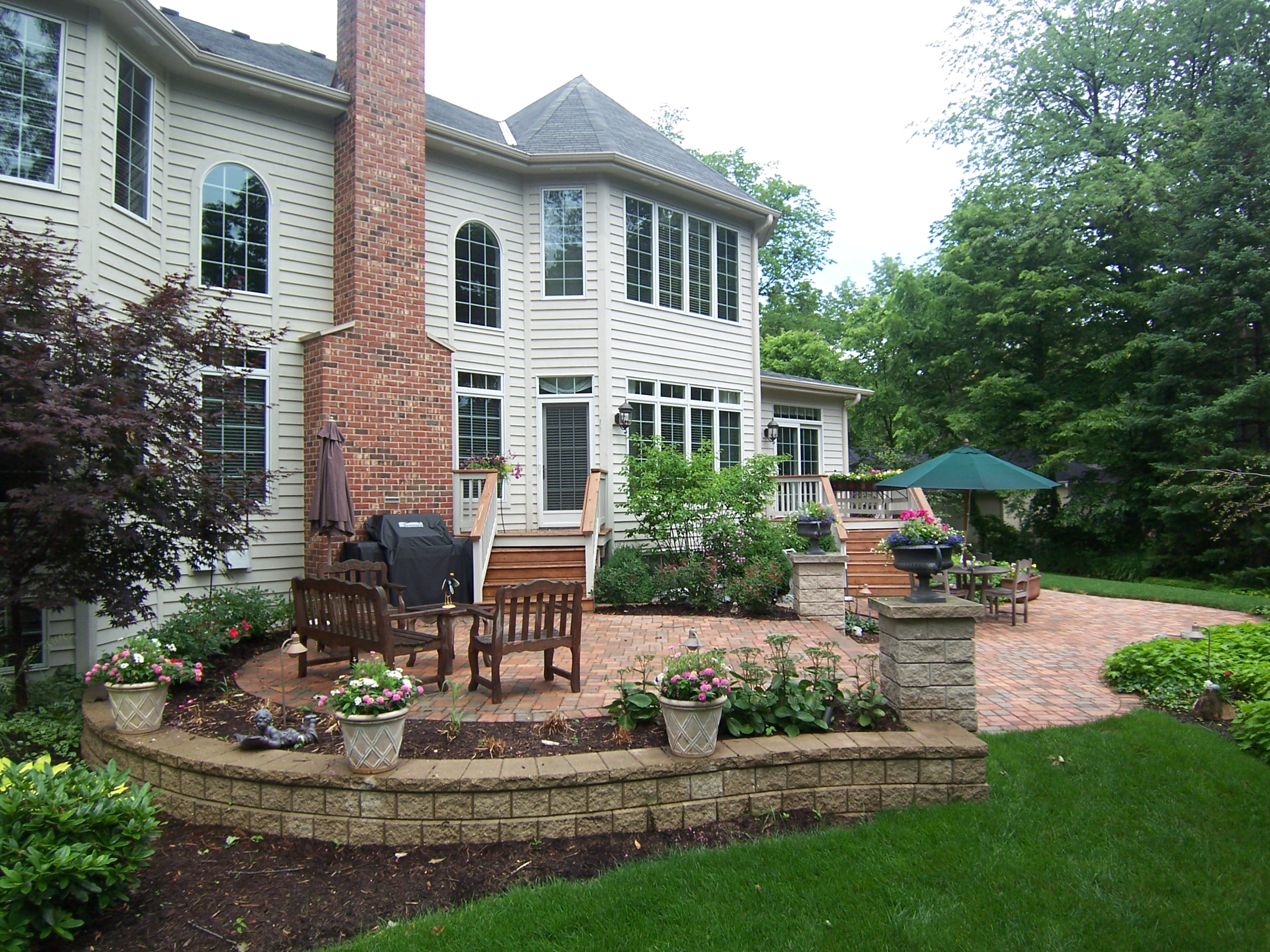 2017 Copyright   DM Outdoor Living Spaces