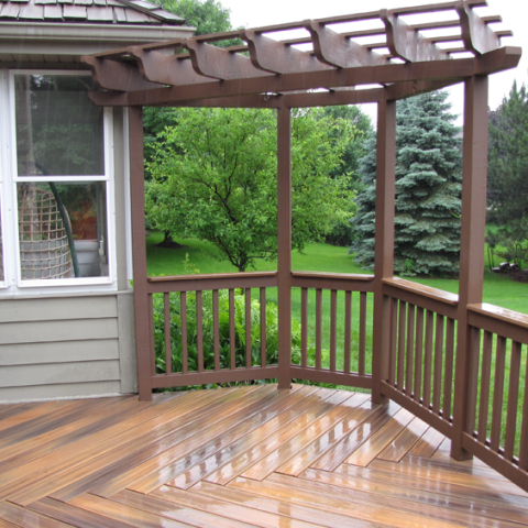 Fiberon IPE with Stained Cedar Railings