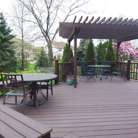 Trex Stained Cedar Deck and Arbor