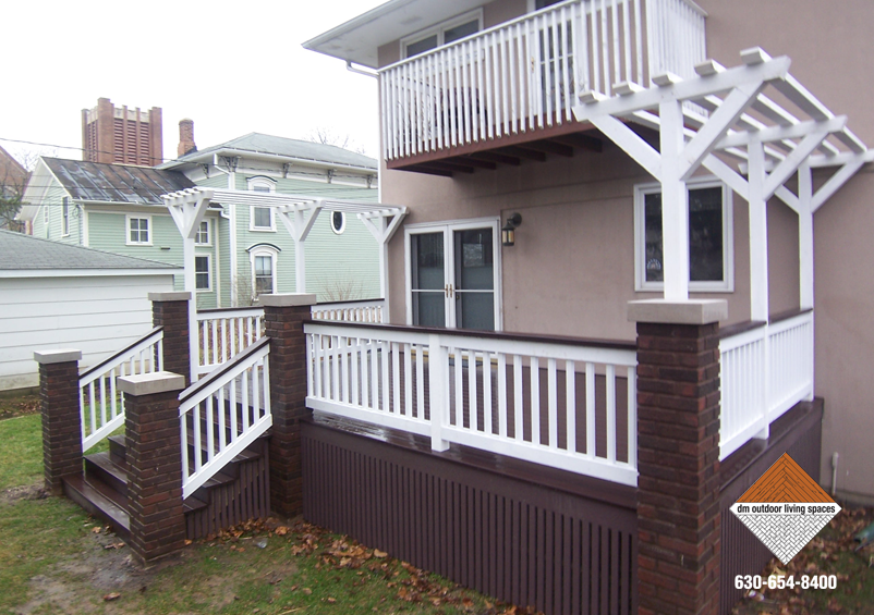 Trex DM Railing And 1x2 Stained Skirting D M Outdoor