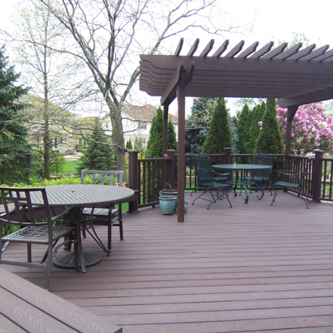 Trex Woodland Brown Wood Stained Deck