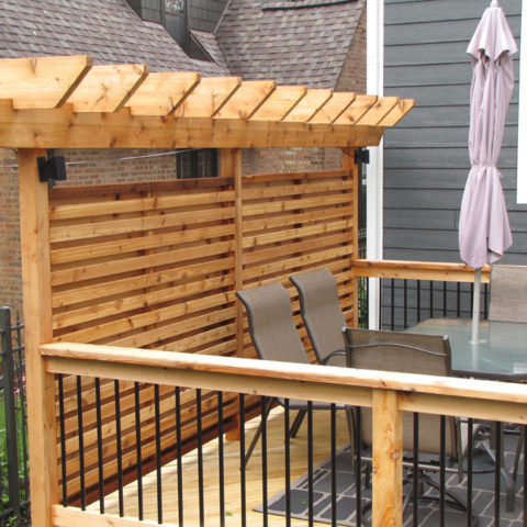 Arbor with privacy panels