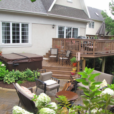 Deck with Hot Tub Enclosure